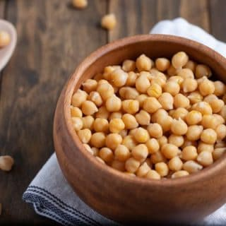 bowl of cooked chickpeas (garbanzo beans)