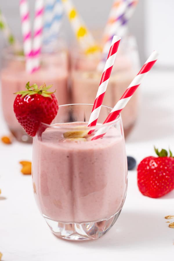 smoothie with strawberries and bananas in a glass