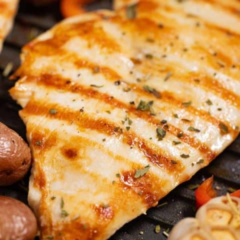 grilled chicken breast in grill pan